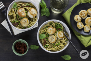 Pesto Pasta With Scallops