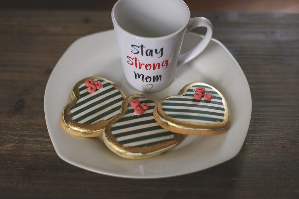 Stay Strong Mom Box, Mug & Cookies